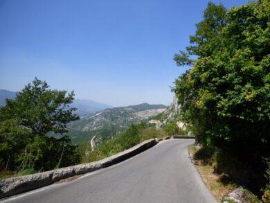 Дороги в Черногории. Стоит ли арендовать авто