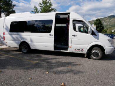 Экскурсионный автобус на Гранд Каньонах, Черногория