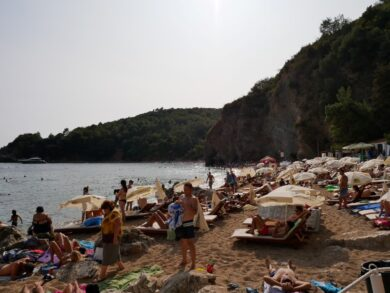 Пляж Могрен в Будве где находится, описание и фото