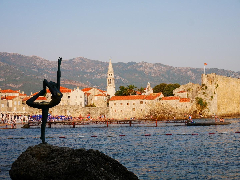 черногорская будва и ее деревья фото том, что допустим